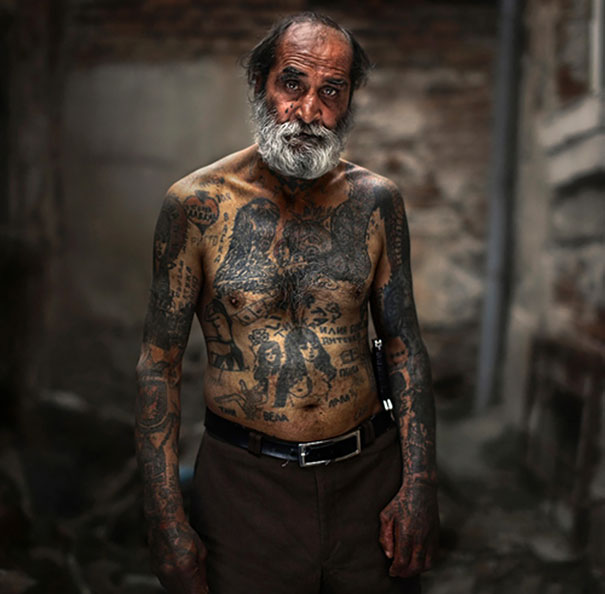 tattooed-elderly-people-9__605