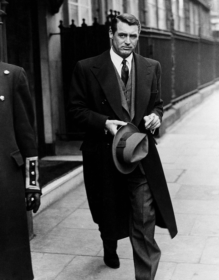 Cary Grant Stops In London On His Way Home To Bristol To Visit His Mother (1946)