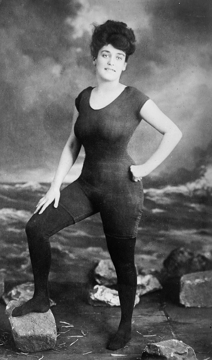 22 Annette Kellerman Promoted Women's Right Wear One-Piece Bathing Suit 1907 Arrested For Indecency