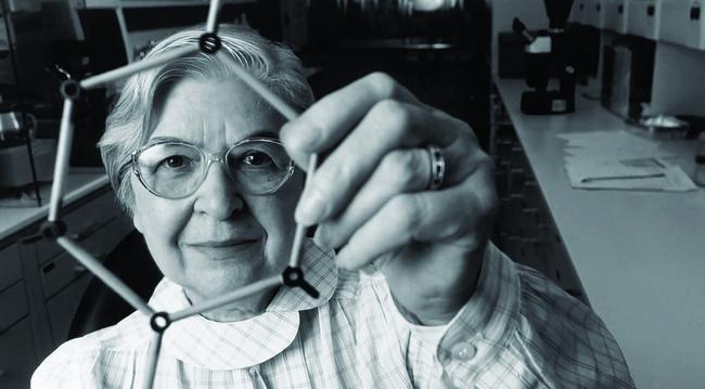 31 Stephanie Kwolek Invented Kevlar