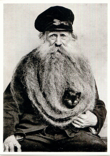 Long Beards in the Past (1)