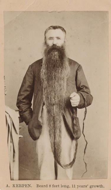 Long Beards in the Past (14)