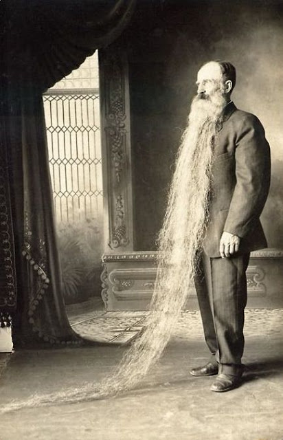 Long Beards in the Past (15)