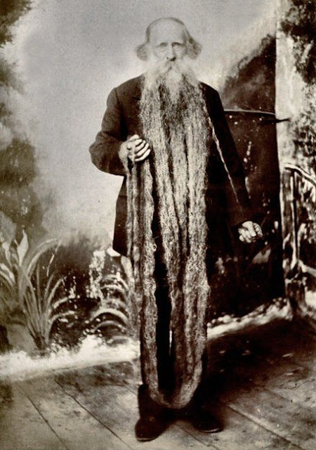 Long Beards in the Past (4)