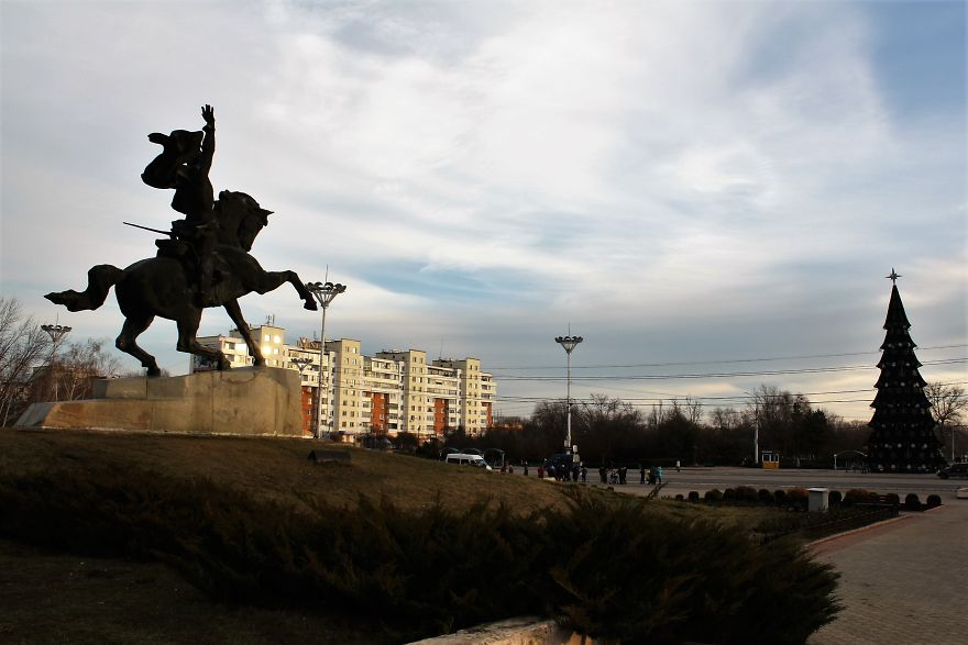 I-Went-to-Transnistria-a-Country-which-Doesnt-Even-Exist8__880