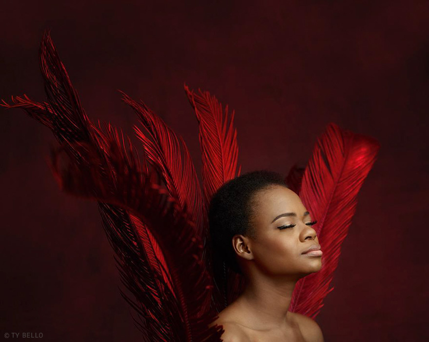 bread-seller-photobomb-modeling-contract-olajumoke-orisaguna-1