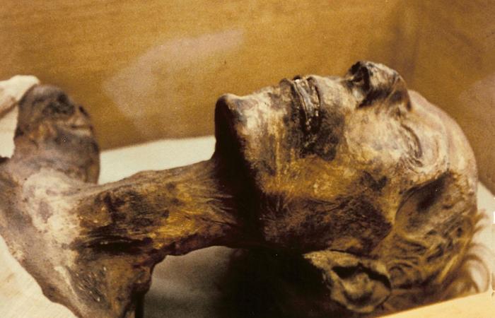 mummies-03