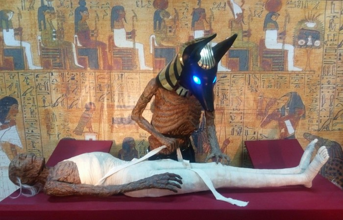 mummies-999