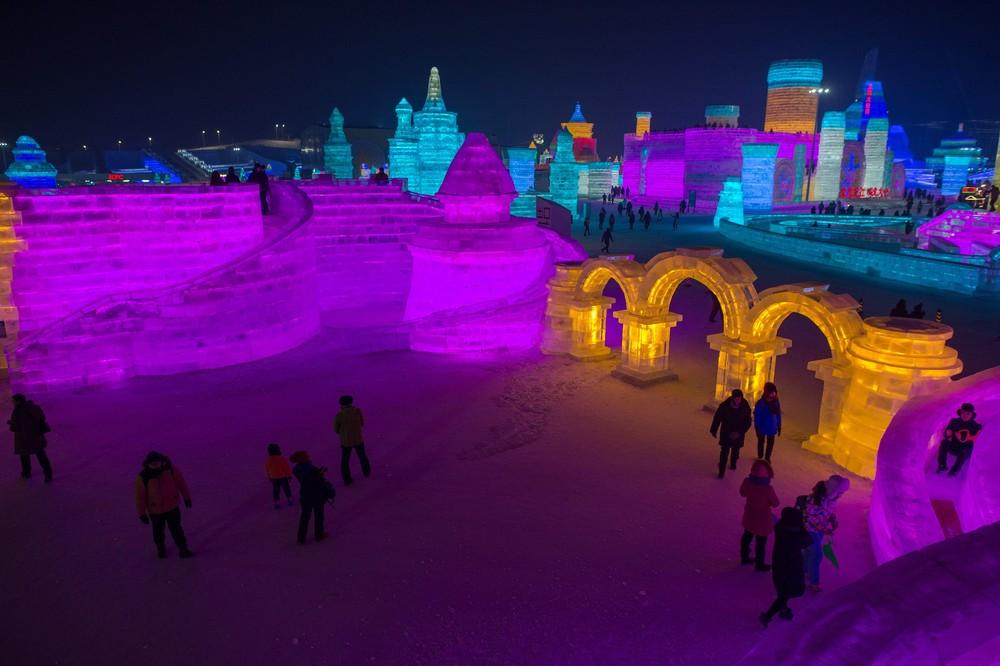 snega-lda-festival-krasivye-fotografii-neobychnye-fotografii_1033394647